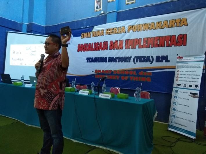 Sosialisasi dan Implementasi  SMK BINA KERJA PURWAKARTA Teaching Factory (TEFA) RPL